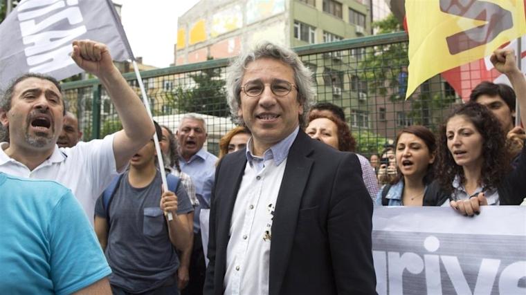 Kan Dunar-editor Cumhuriyet