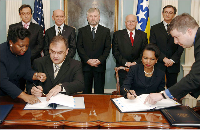 Bosnia's 3 Groups Reach Unity Agreement