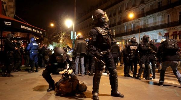 Paris protest april 16-A