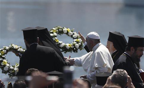 pope-wreath