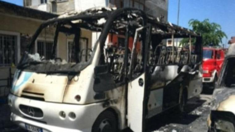 albania-bus explosion
