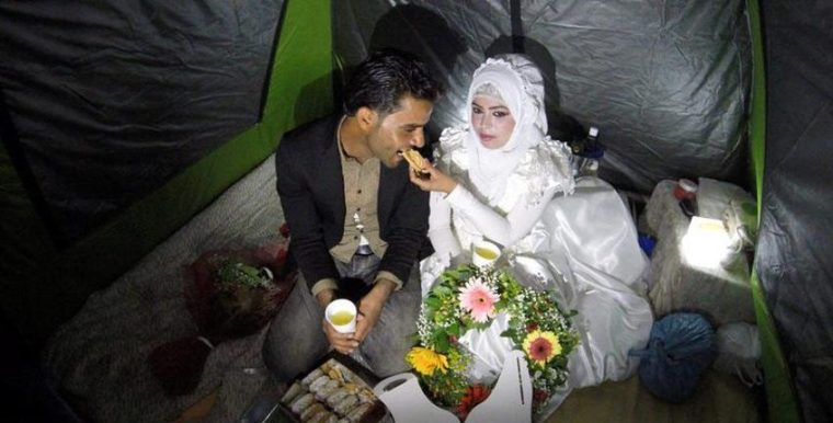 Idomeni wedding-Saher & Rouhagia2