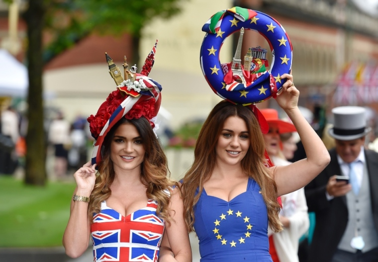 royal-ascot-brexit-themed-costumes-june-14-2016
