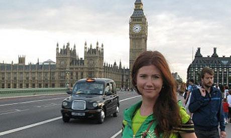 Anna-Chapman-on-Westminst-007