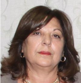 Αντρούλα Γκιούρωφ