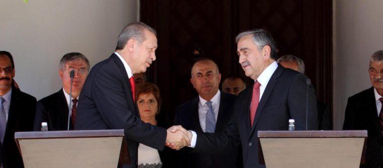 Erdogan-Akinci shake-big