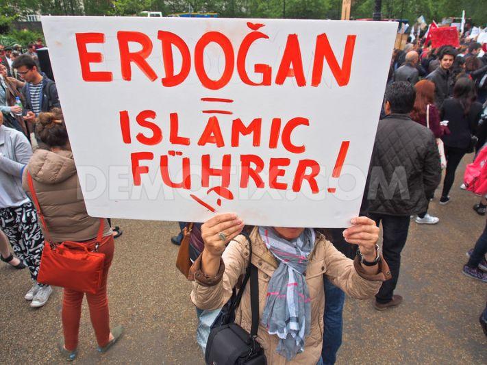 ERDOGAN_Islamic_Fuhrer