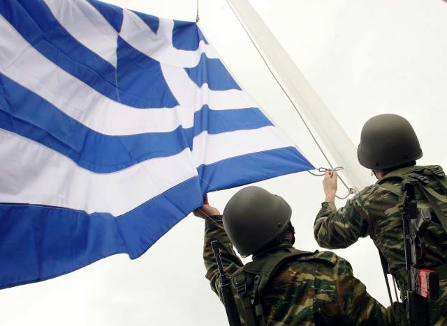 Greek_soldiers_flag-leveled-1