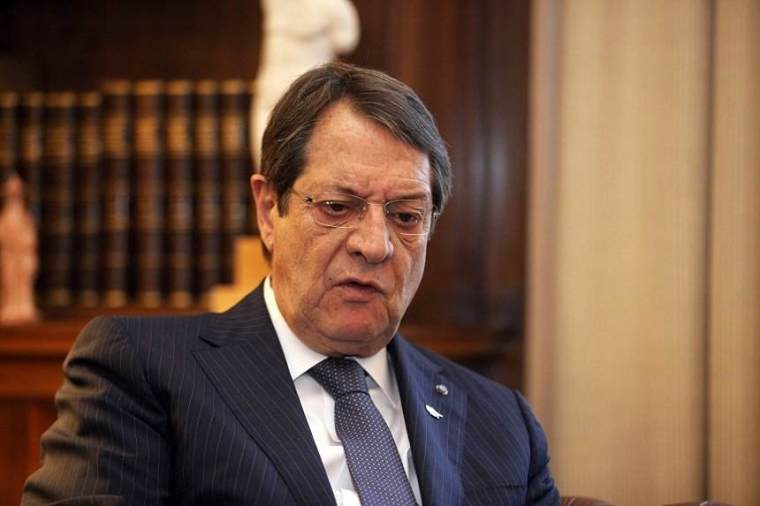 Anastasiades, twisted mouth