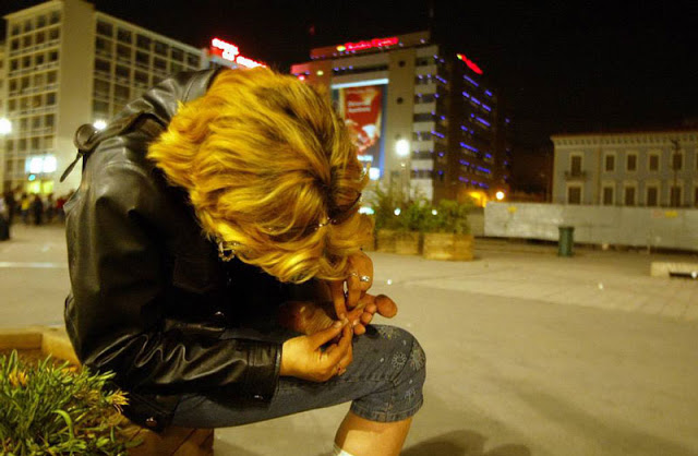 blonde-drugs-athens