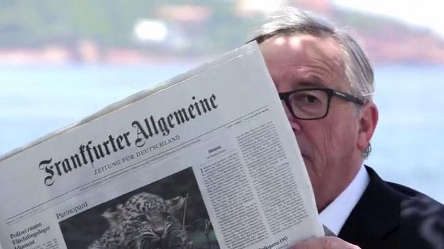 Juncker in Greece1
