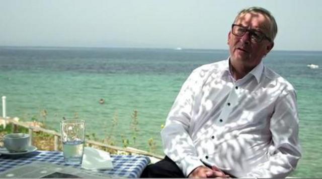 Juncker in Greece2