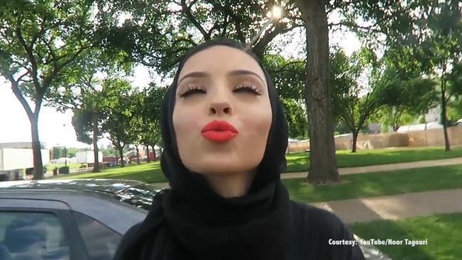 noor-tagouri-lips