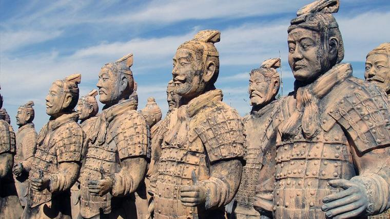 chinese-army-statues1