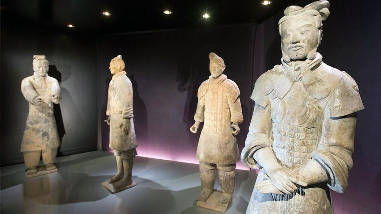 chinese-army-statues3