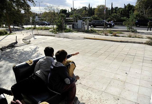 athens-refugee-kids-obama