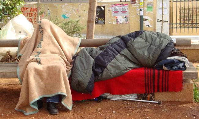 homeless-in-street