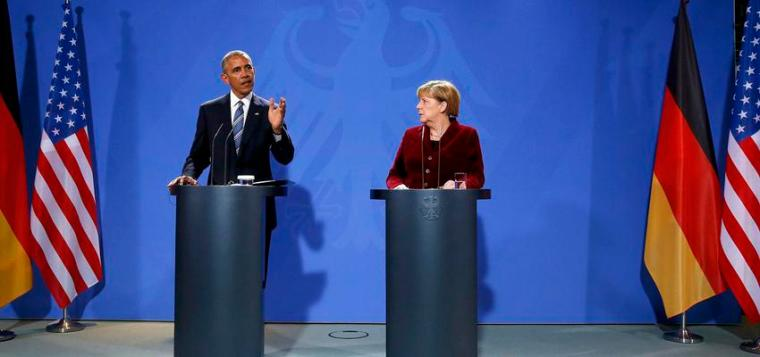 U.S. President Barack Obama speaks during a joint news conference with German Chancellor Angela Merkel in Berlin, Germany, November 17, 2016. REUTERS/Fabrizio Bensch