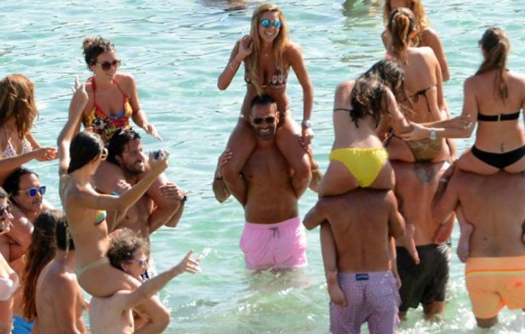 energa-milionis-beach-party-in-mykonos