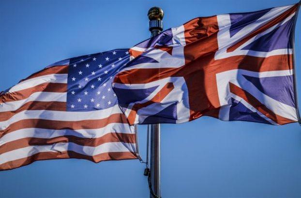 usa-uk-flags