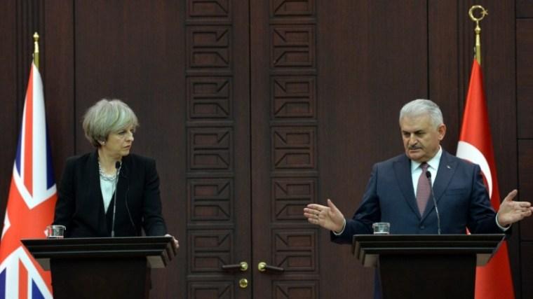british-prime-minister-theresa-may-and-turkish-prime-minister-binali-yildirim