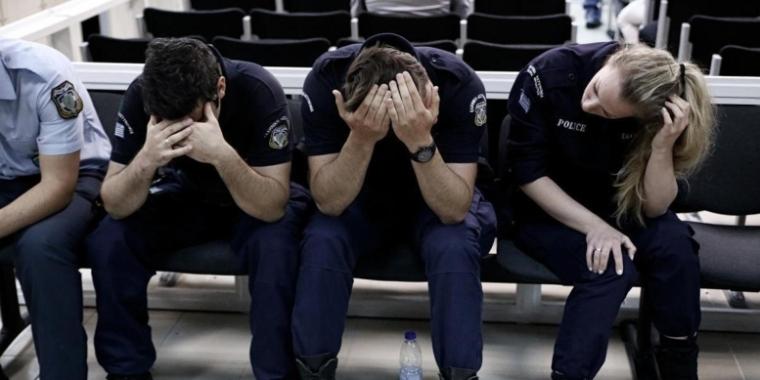 greek-police-misery