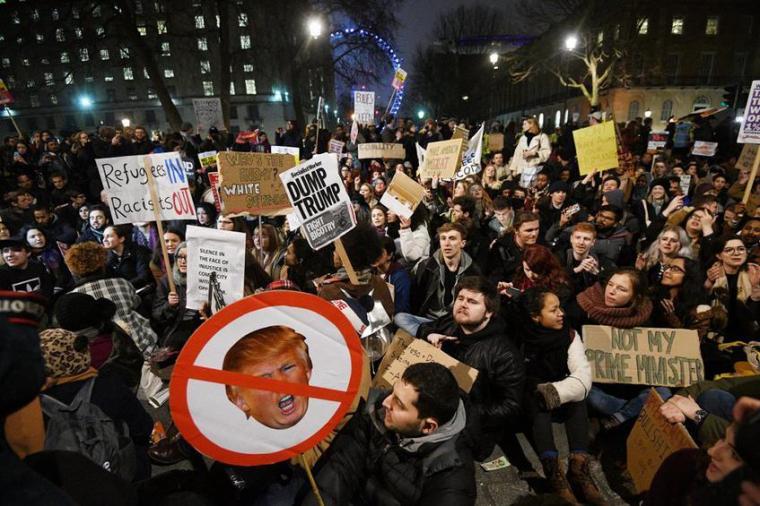BRITAIN US IMMIGRATION PROTEST