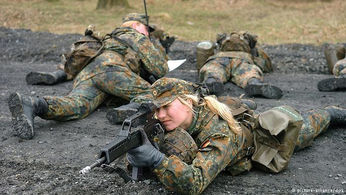 female-german-soldiers