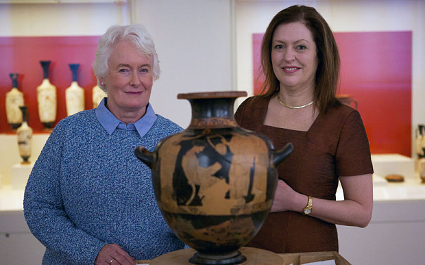 Programme Name: Margaret Mountford on Sappho - TX: n/a - Episode: Margaret Mountford on Sappho (No. n/a) - Picture Shows: ...and the Sappho vase. Margaret Mountford, Professor Edith Hall - (C) Maya Vision International - Photographer: Fred Fabre