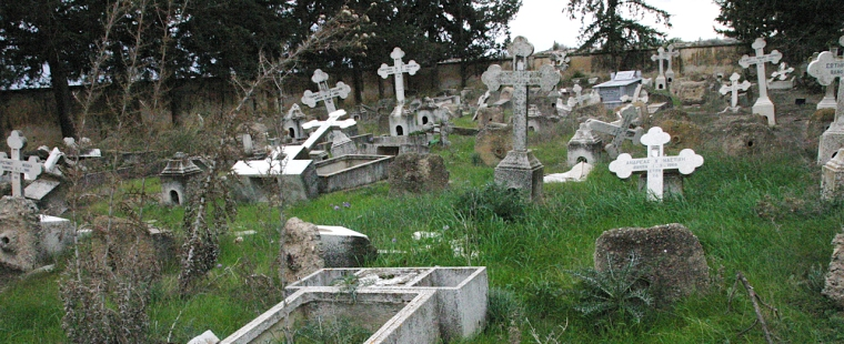 occupied-north-cyprus-graves