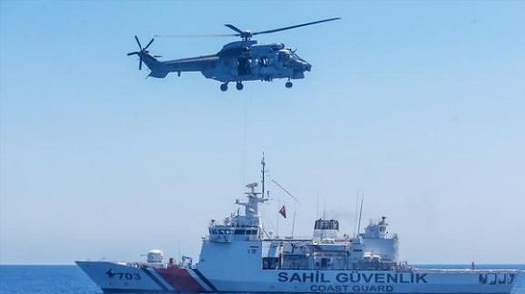 turkish-helicopter-ship