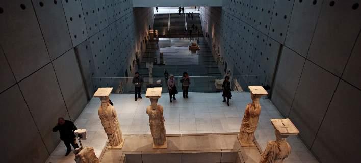 acropolis museun inside1