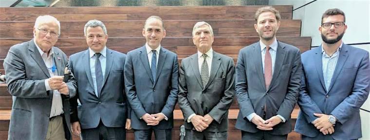 Μέλη του Διοικητικού Συμβουλίου των Συντηρητικών Φίλων της Κύπρου με τoν  Υπουργό Οικονομικών κ. Χάρη Γεωργιάδη. (Α προς Δ)  Δώρος Παρτασίδης 0eec8b32438