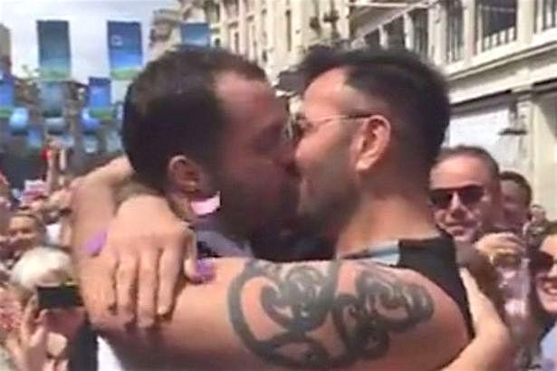 Ταϊλανδός/ή μεγάλο γκέι σεξ