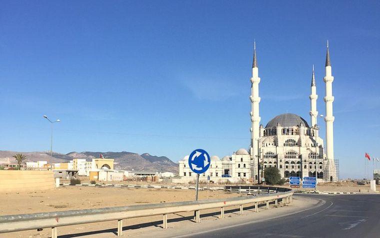 Αποτέλεσμα εικόνας για Τζαμιά στα Κατεχόμενα της Β. Κύπρου»