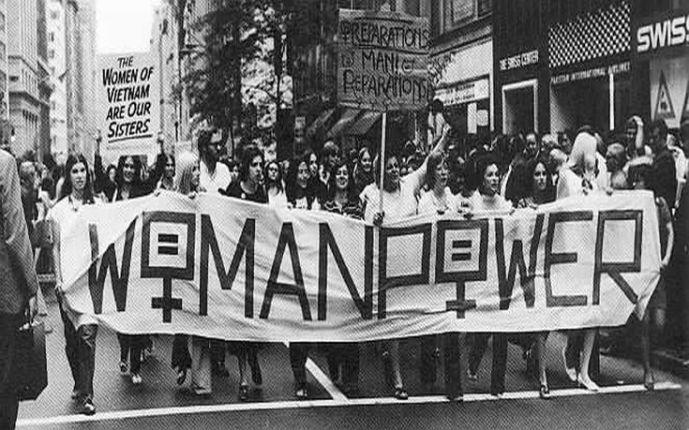 Αποτέλεσμα εικόνας για Στην χώρα μας η πρώτη απεργία εργατριών έγινε στις 13 Απριλίου